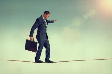 Agility vs. Quality: A Tightrope Act of Analytics